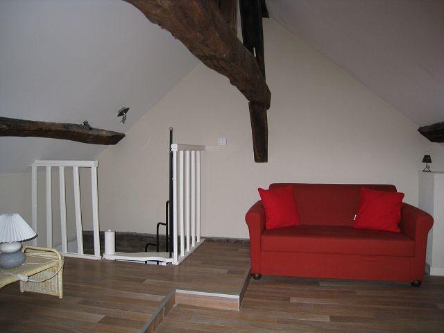 dijon dijon location appartement 2 pi ces 46m2 483 cc r f 765 sarl saint michel. Black Bedroom Furniture Sets. Home Design Ideas